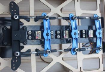 Kit servo tray JR - 3x per 150-220CC