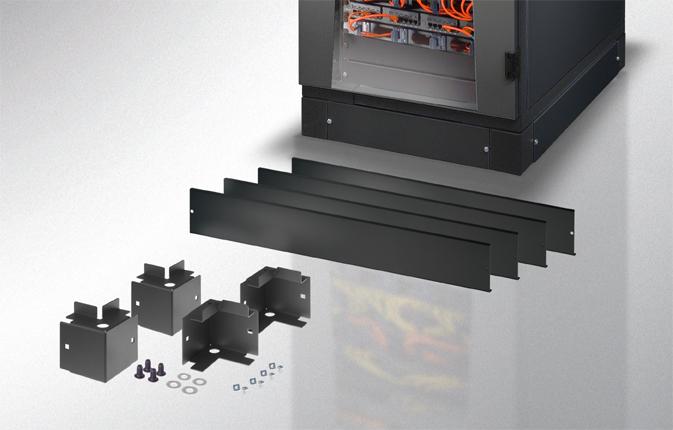 Zoccolo 800 x 800 mm per Armadi Rack Nero