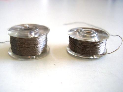 Filo conduttore, due piccole bobine
