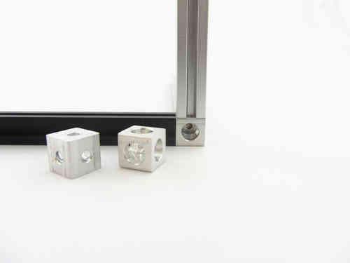 MakerBeam Corner Cube