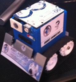 SumoBot CONCEPT con Arduino UNO